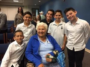 Survivor Hanna Marx with students from San Diego Jewish Academy